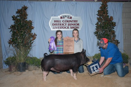 Res Overall & Champion Dark Opd - 17 Kerr Co Jr. Show & Res Dark OPD -17 Hill Co District Jr Livestock show - rb Kneese Show Pigs - sb Ferguson family